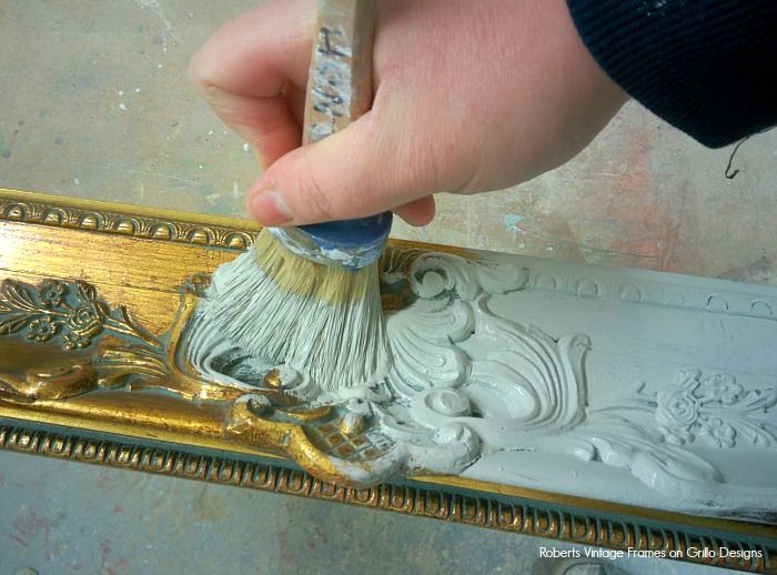 How To Chalk Paint A Picture Frame • Grillo Designs