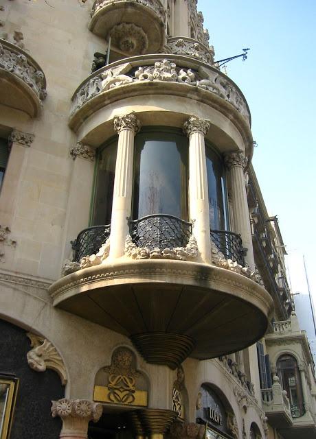 detalle balcon Casa Lleo Morera