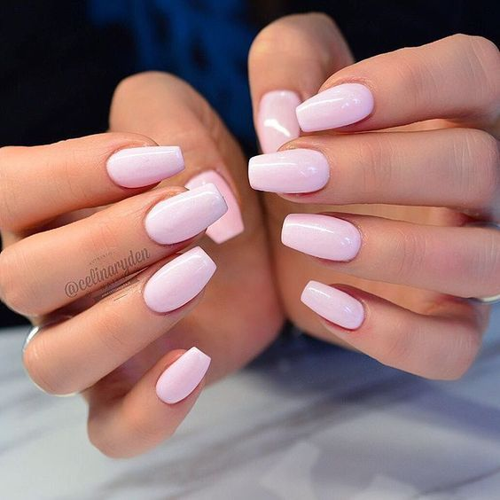 27 + Wonderful Pure Mild Pink Nails Design voor Younger Woman in 2019