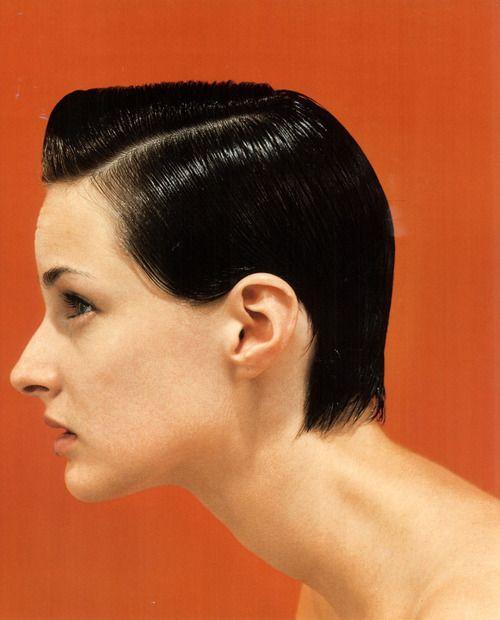 David Sims photo. 90's slick, short hair. Minimal.