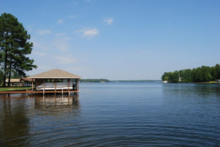 There's Something Magical About These 10 North Carolina Lakes In The Summer