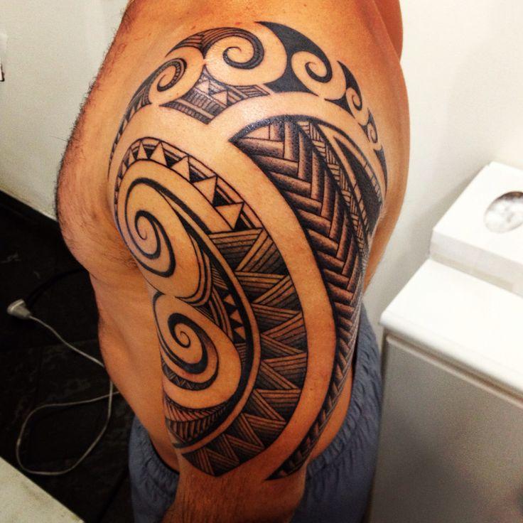 Oltre 25 fantastiche idee su tatuaggio per spalla su for Tattoo spalla anteriore