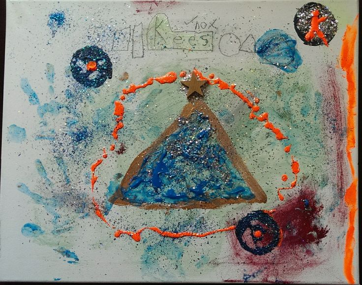 Pyramid/Circles  2011 Acrylic and sparkle (with phosphorescent) Artists: 5 year old Kees Cruz-Vanderkraan          & Papa Franz Vanderkraan