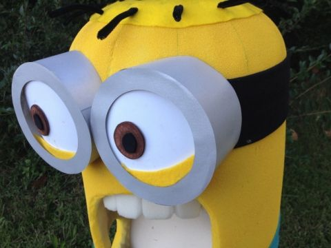minion halloween costume tutorial. click for instructions