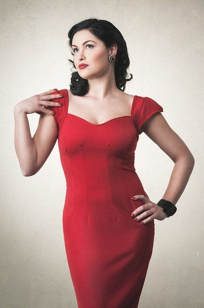 Gracy Q -- more at --> http://pinup-fashion.de/8232/gracy-q-elegante-vintage-mode-leipzig/