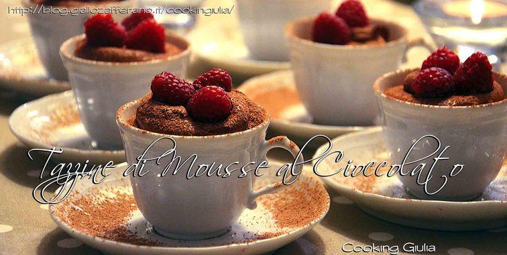 Mousse al cioccolato fondente con lamponi, ricetta per San Valentino