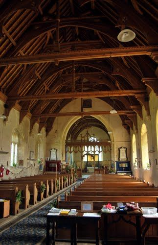 Interior da Igreja da Santíssima Trindade e de Todos os Santos em Winterton-on-sea, Norfolk, Inglaterra, Reino Unido.  Fotografia: www.winterton-on-sea.net.