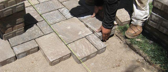 Broward Pavers: How to Repair a Driveway Paving Stones?
