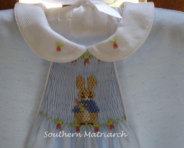 Das süßeste Peter Rabbit, das du je gesehen hast! Das Muster ist Primrose Lane Michaela. ICH …