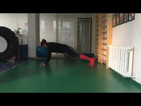 9 упражнения със собствено тегло за стегнати ръце и трицепс | Inspired Fit Strong