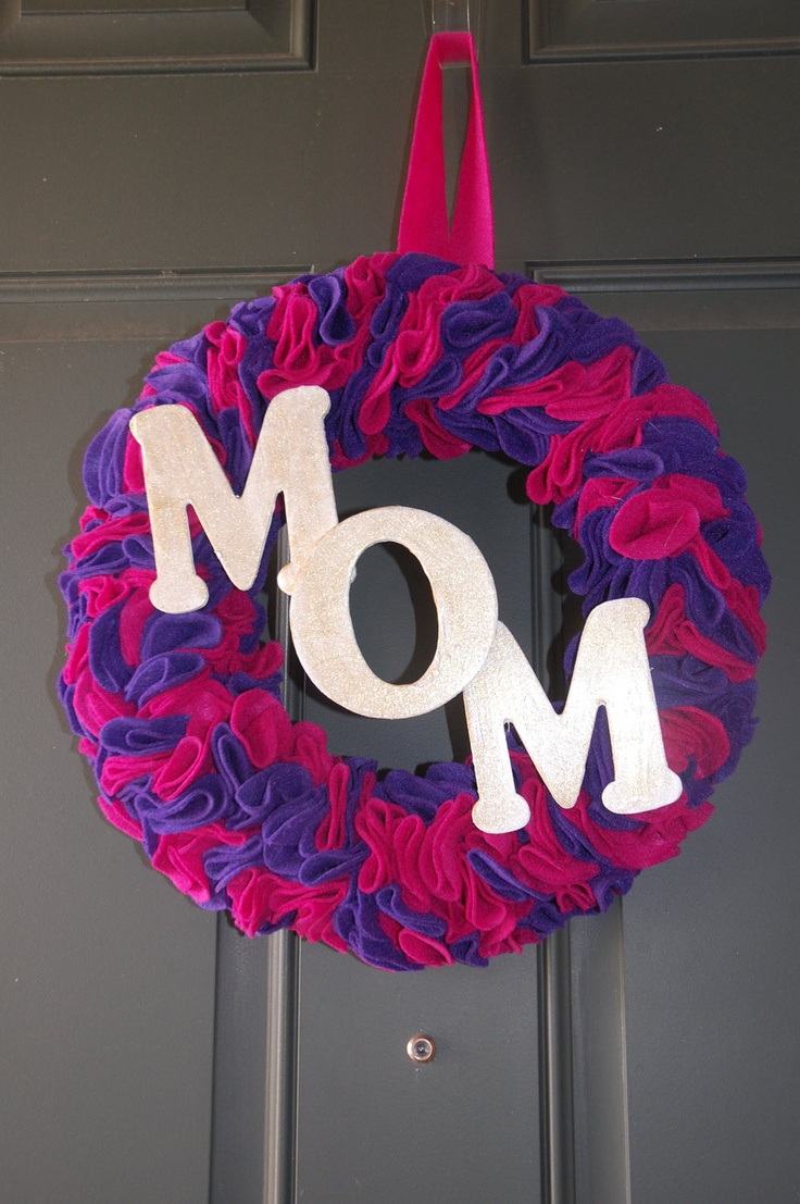 Mothers Day Felt Wreaths by busyhandshappyhome on Etsy $30.00 & 28 best Mother\u0027s Day Wreaths images on Pinterest   Floral crowns ...