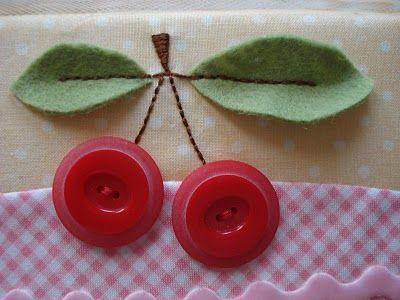 Lindo enfeite de cereja com botões divamaternal.blogspot.com.br <3