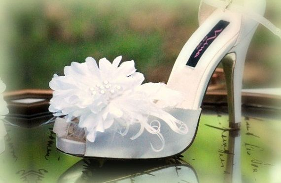 Wedding Shoe Clips White. Ivory Beige Red Plum by sofisticata