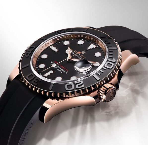 Sleek, sporty and distinguished, the Yacht-Master is just as at home on the deck of a yacht as on land in an elegant yacht club lounge. Yacht-Master 40 in 18ct Everose gold, with an Oysterflex bracelet in elastomer and a Cerachrom bezel in black ceramic. #Rolex #YachtMaster #101031 #KelleyJewelers #DowntownWeatherfordOK #WeArePreferred