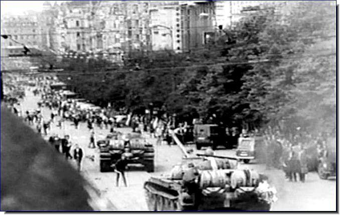 ILLUSTRATED HISTORY: RELIVE THE TIMES: Images Of War, History , WW2: Russian Imperialism: Soviet Invasion Of Czechoslovakia: 1968