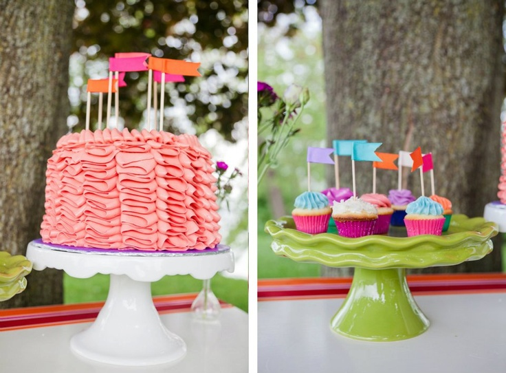cupcake flags/toppers www.thechubbybunny.ca