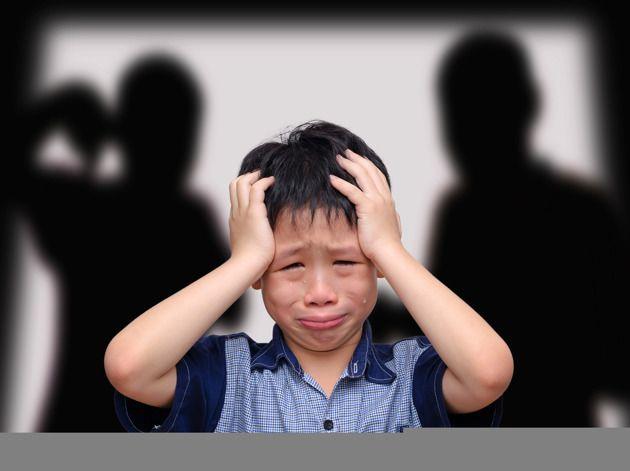 Toda vez que você grita é registrada no córtex cerebral de seu filho, abrindo uma janela assassina, onde o grito é imortalizado como algo profundamente doloroso que não se pode apagar jamais.