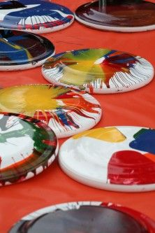 spin art frisbees, college activities, students, FUN Enterprises