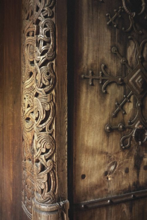 luna-intheforest:  foldan-blaed:  Norsk folkemuseum    ✨��