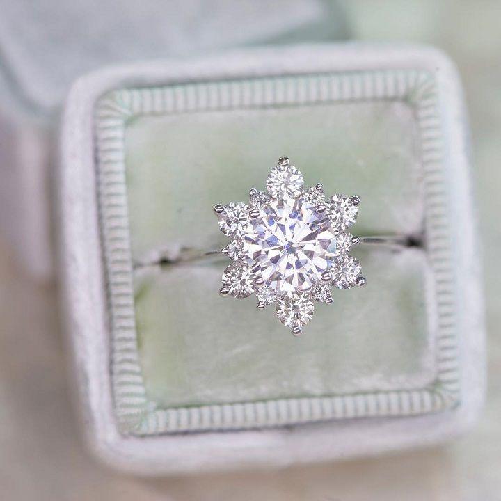 Snowflake Diamond