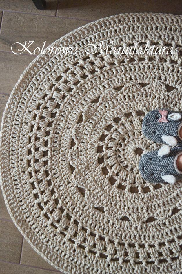 Dywan Ażur  Dywan bawełniany wykonany ręcznie. Dywan świetnie nadaje się do pokoju dziecinnego jako miejsce do zabawy ale również do salonu łazienki czy sypialni, Jest miekki, naturalny z...