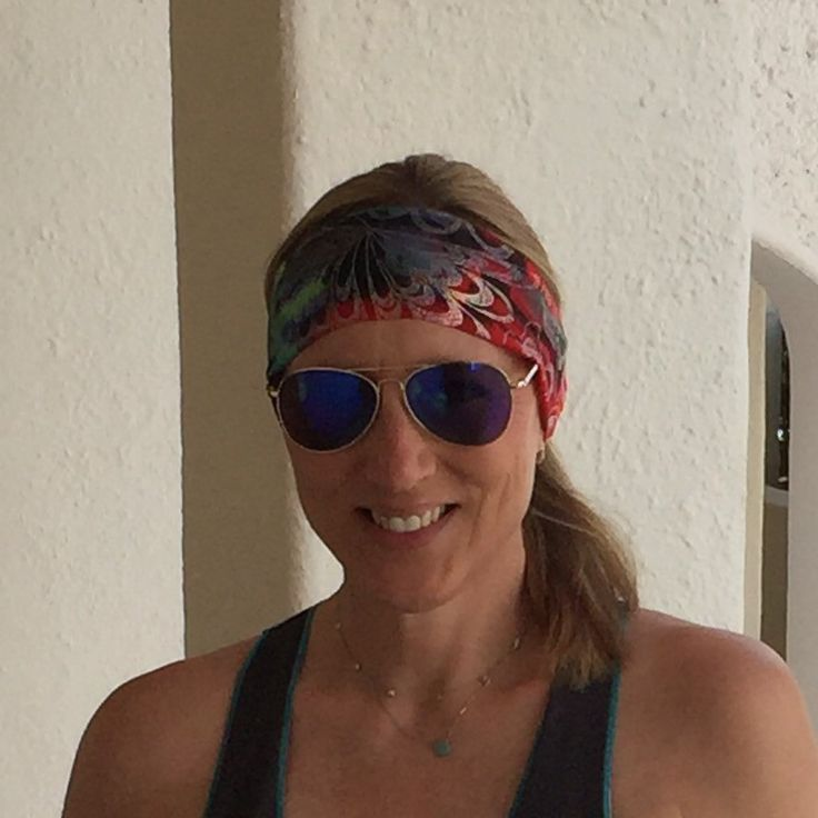 Glad I brought my FITwithFLARE headband to paradise to keep my hair back ... its windy in Mexico ! 🌴☀️🐬🌊🐠🌴