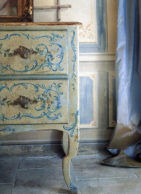 .Amy Howard, Painting Furniture, Shabby Chic, Country Decor, French Country, Country Estate, French Blue, Painting Dressers, Chest Of Drawers