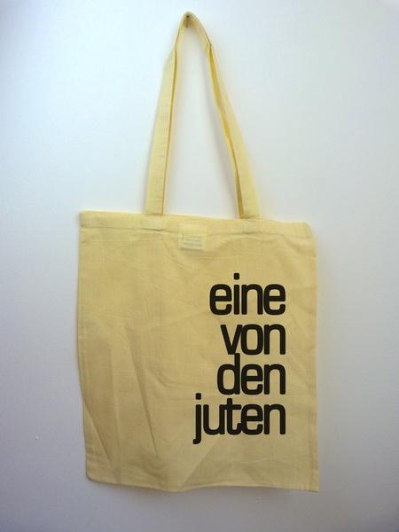 """Siebdruck """"eine von den juten"""" auf Stoffbeutel von ilovemixtapes via dawanda.com /Printed bag """"eine von den juten"""" by ilovemixtapes via dawanda.com"""