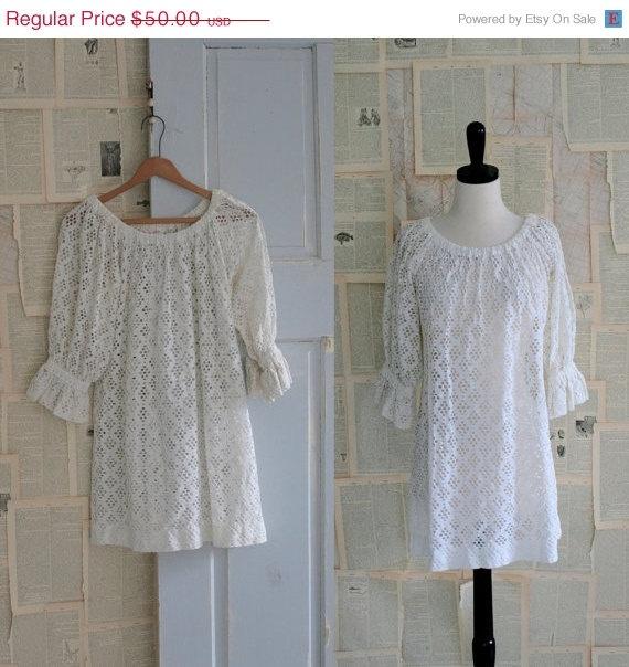 1960s Whie Eyelet Hippe Dress/Blouse $40.00