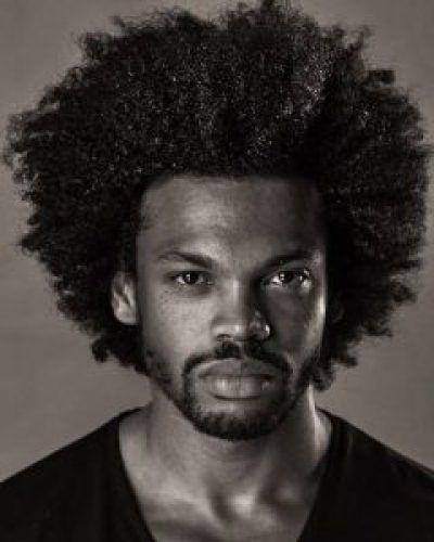 Comment choisissez-vous la coupe parfaite de coiffures pour hommes noirs? …   – Madame Frisuren