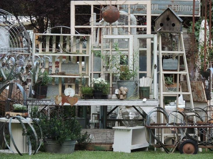 10 Images About Booth Displays Flea Market Ideas On