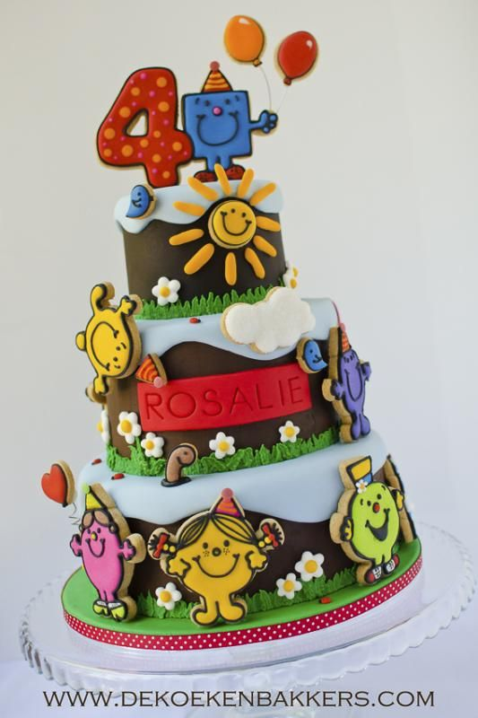 Love how they used iced cookies as decoration- 3D without being all fondant
