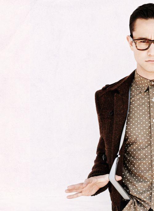Joseph Gordon Levitt in Polka Dot shirt and suspenders