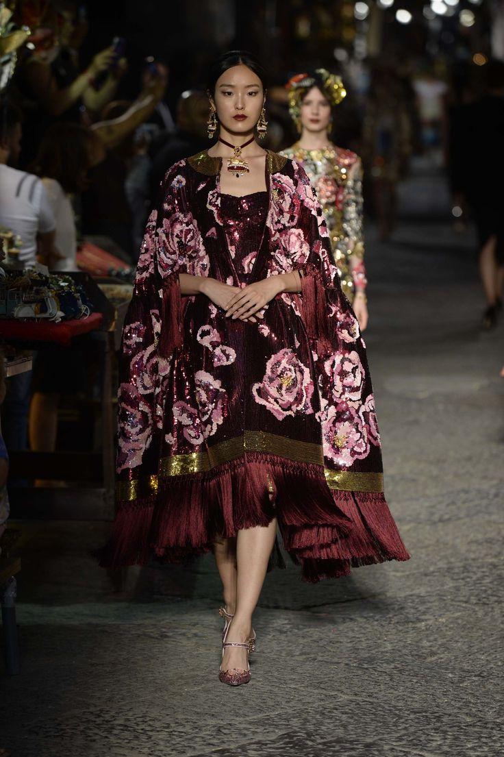 Dolce & Gabbana Celebrate Sophia Loren and Naples with an Alta Moda Experience-2016
