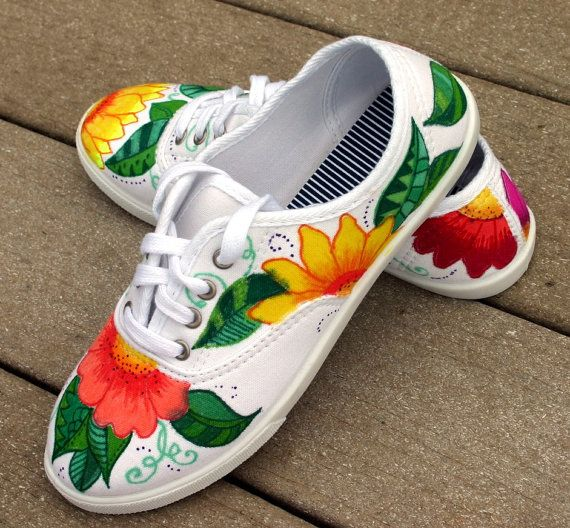 Mano pintada zapatos zapatillas tropical arte por ArtworksEclectic
