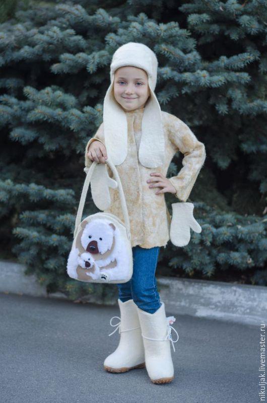 Одежда для девочек, ручной работы. Заказать Комплект Пальто, Валенки, Шапка, Сумка валяные Мишутка. Nora (Nikuljak). Ярмарка Мастеров.