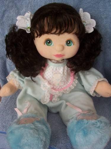 Comparto con vosotros los patrones de esta linda y dulce muñeca.