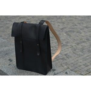 Handmade leather unisex backpack.