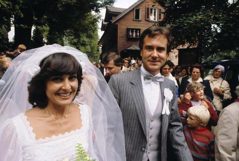 Paola felix images | Paola und Kurt Felix bei ihrer Hochzeit am 13. September 1980 auf dem ...