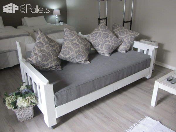 Pallets Day Bed DIY Pallet Bed Headboard & Frame