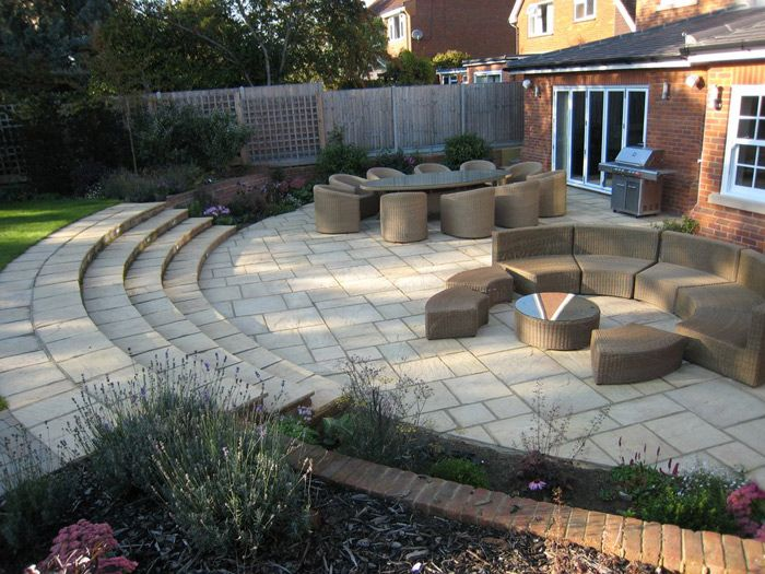 K Too Formal And Predictable Curved Patio Garden Design Ideas