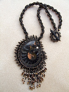 Collier ~ Ammonite noire ~