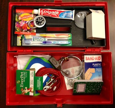 The expanded version of the digital citizenship kit: Use analogies to teach online behavior.
