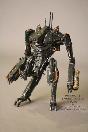 Sabretooth's Workshop, District 9 action figures
