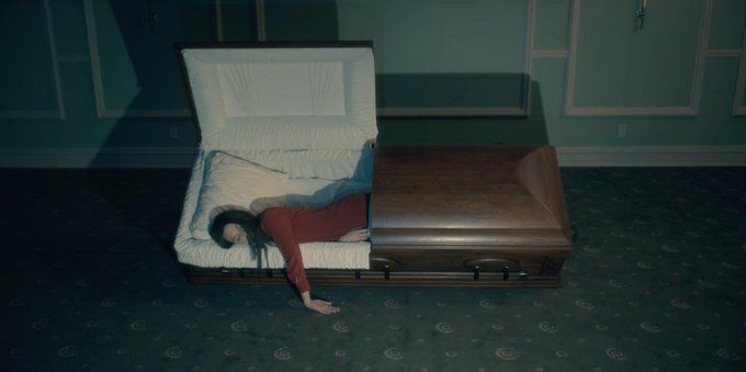 Oneperfectshot The Haunting Of Hill House 2018 Cinematography By Michael Fimognari Directed By Mike Flanaga House On A Hill House Episodes Cinematography
