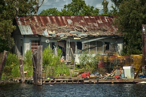 An abandoned fish camp in louisiana 39 s manchac swamp for Louisiana fishing camps