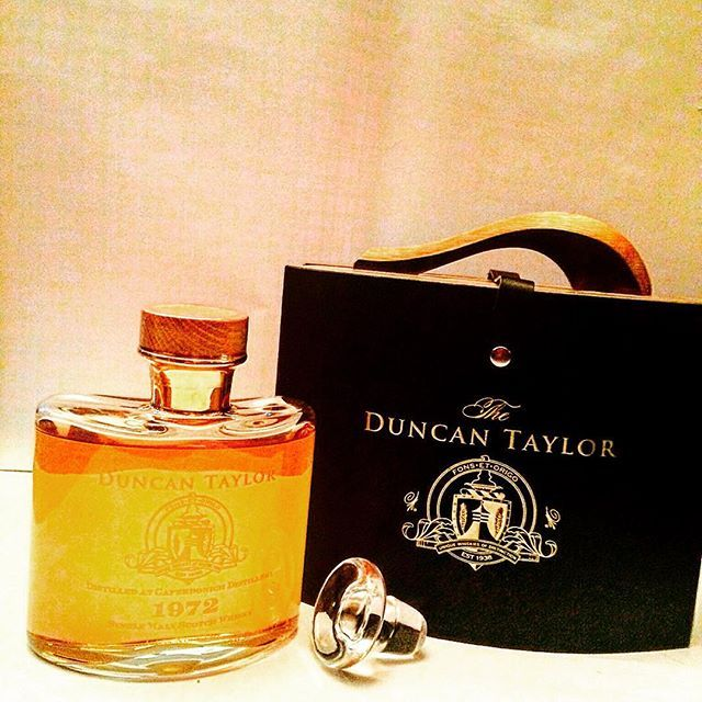 #duncantaylor #singlecask #slainte #scotch #whisky #singlemalt #cask #caskstrength #scotland #speyside #whiskycollection #whisky_droid #whiskylive #ballantinesshop #tudorhouse #whisky#whiskybar