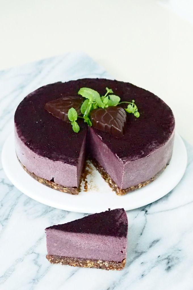 Raw blueberry cake from my SuperLemon blog