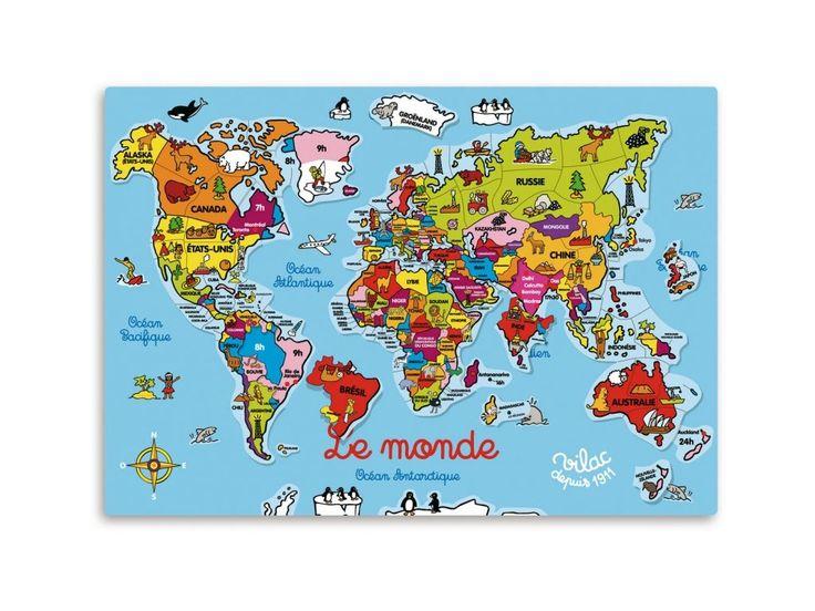 magnetická dřevěná závěsná tabule s magnetickými puzzle dílečky, na hlavní desce jsou zobrazeny velká města a časové pasma, na jednotlivých puzzle dílcích jsou zobrazena symboly jednotlivých zemí, francouzské nápisy, 98 dílků, 5+, rozměry: 58x46 cm
