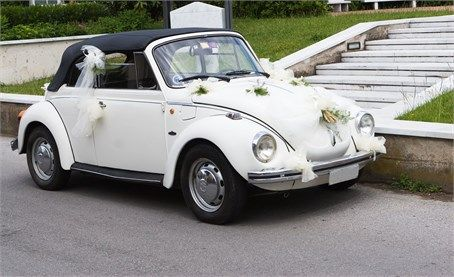 Beige wedding car - Beetle